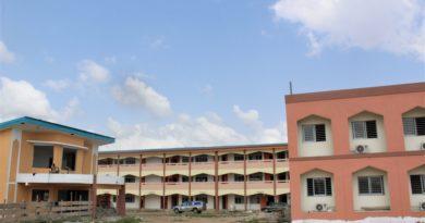 Le Scheickoul Aïma, en visite sur les chantiers du groupe scolaire confessionnel islamique BIABOU